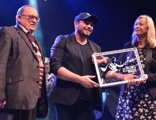 Mathieu Stepson remporte le concours des Maîtres de la magie